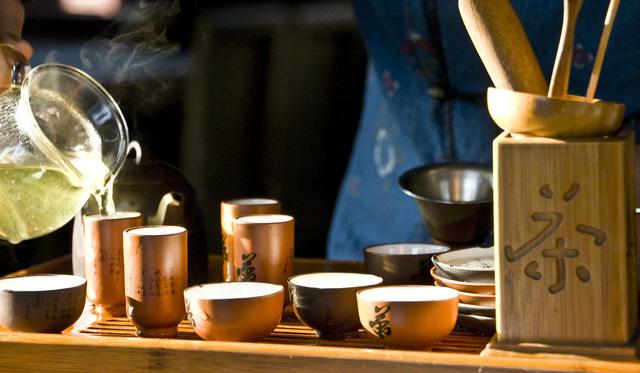 Thưởng thức trà trở thành một nét văn hóa đặc trưng của người Nhật Bản.