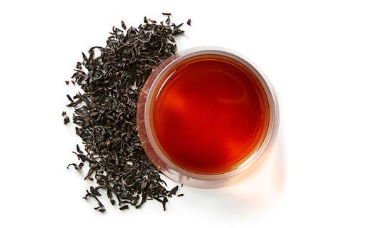 trà đen cản trở sự hấp thụ tinh bột bằng cách ức chế một số enzyme và có thể giúp kiểm soát lượng đường trong máu
